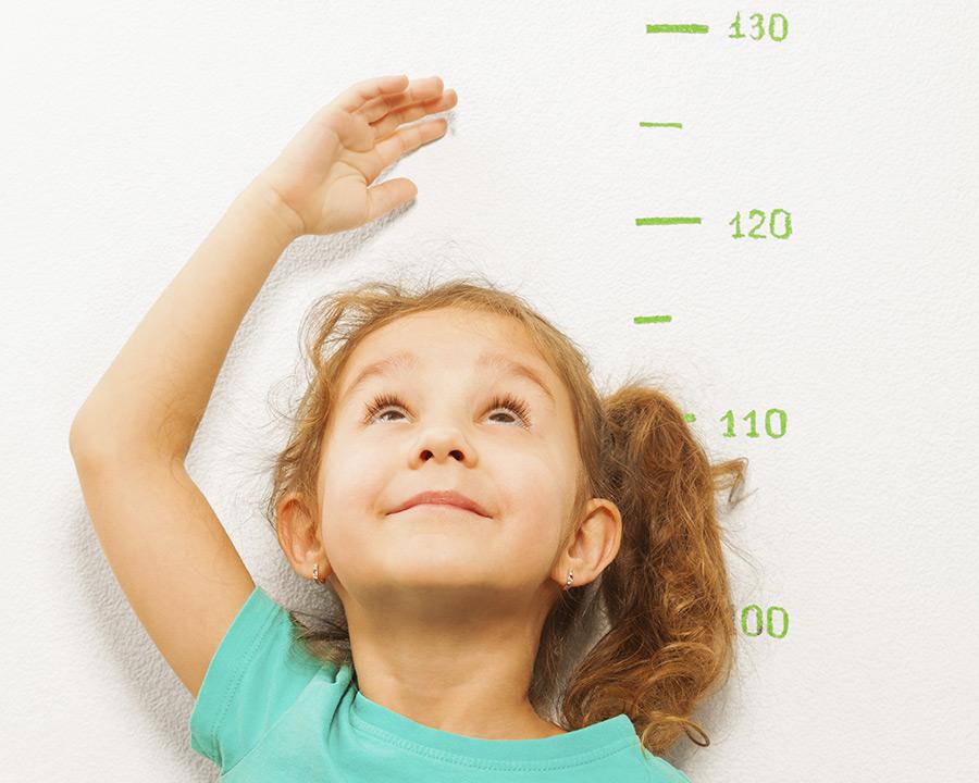 El consumo continuado de leches de crecimiento ayuda a reducir el porcentaje de grasa corporal en niños de 1 y 2 años
